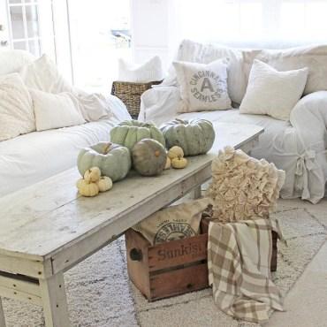 Stylish French Farmhouse Fall Table Design Ideas07