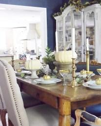 Stylish French Farmhouse Fall Table Design Ideas41