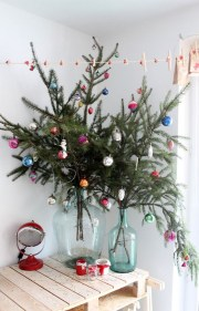 Amazing Decoration Your Small Space For Christmas32