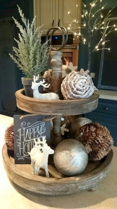 Amazing Farmhouse Christmas Decor17