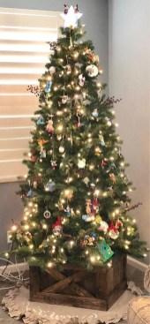 Amazing Outdoor Christmas Trees Ideas 08