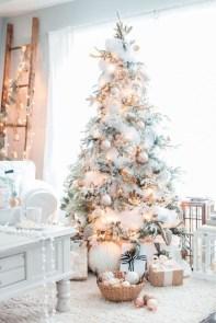Amazing Outdoor Christmas Trees Ideas 12