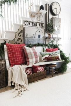 Awesome Farmhouse Christmas Ideas08