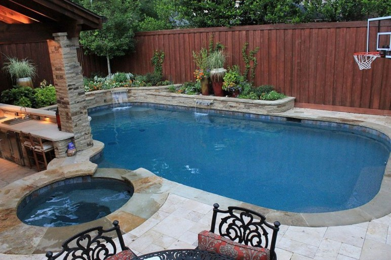 Cozy Swimming Pool Design Ideas For Your Home Backyard28
