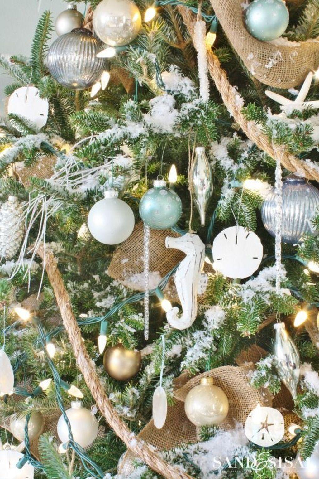 Creative Beach Christmas Decor Ideas38