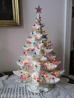 Fascinating White Vintage Christmas Ideas07