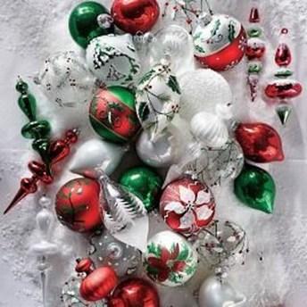 Fascinating White Vintage Christmas Ideas09