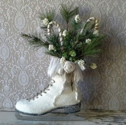 Fascinating White Vintage Christmas Ideas17