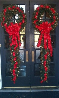 Inspiring Christmas Wreaths Ideas For All Types Of Décor07
