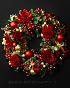 Inspiring Christmas Wreaths Ideas For All Types Of Décor26
