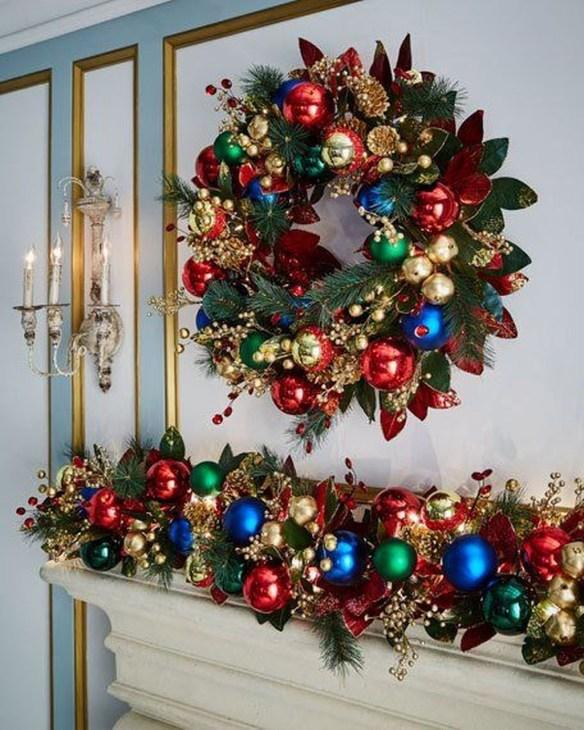 Inspiring Christmas Wreaths Ideas For All Types Of Décor47