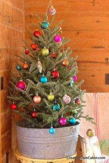 Minimalist Small Tree In A Bucket Ideas For Christmas11