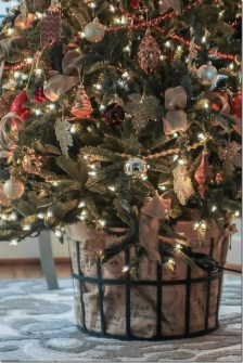 Minimalist Small Tree In A Bucket Ideas For Christmas12