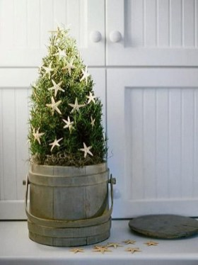 Minimalist Small Tree In A Bucket Ideas For Christmas18