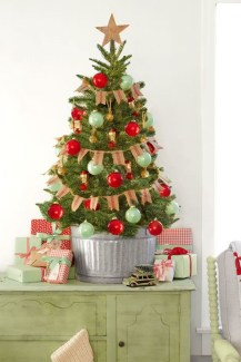 Minimalist Small Tree In A Bucket Ideas For Christmas29