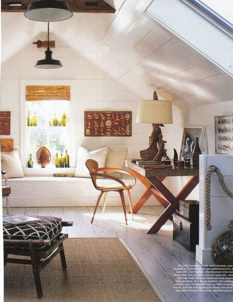 Modern Attic For Christmas17