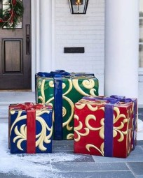Outdoor Decoration For Christmas Ideas11
