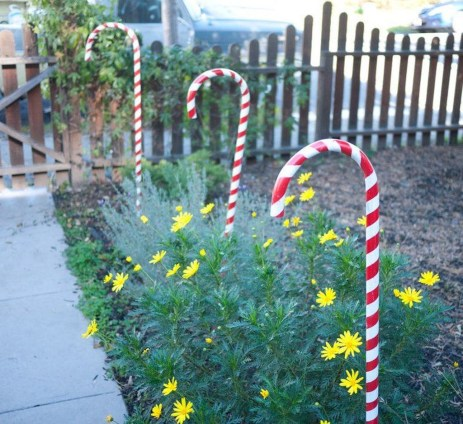 Perfect Candy Cane Christmas Decor Ideas For Your Home07