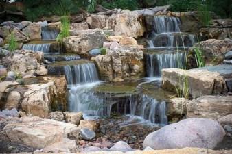 Popular Pond Garden Ideas For Beautiful Backyard13