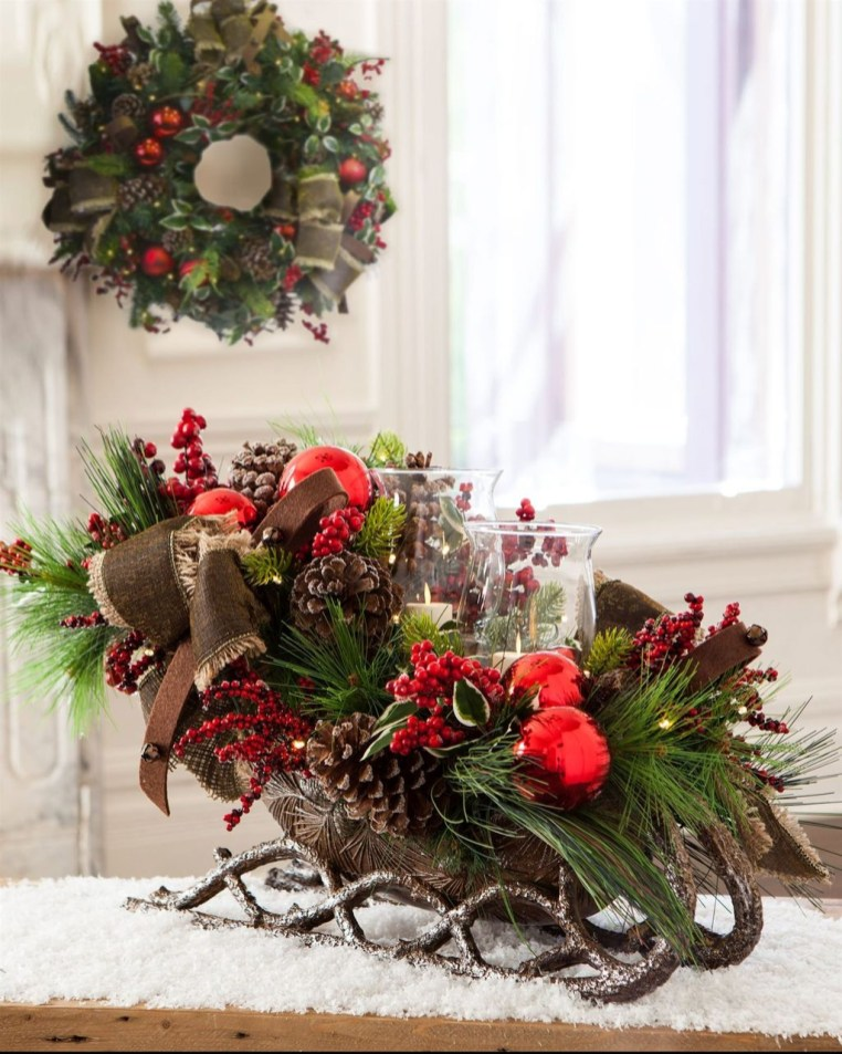 Unique Sleigh Decor Ideas For Christmas30