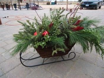 Unique Sleigh Decor Ideas For Christmas41