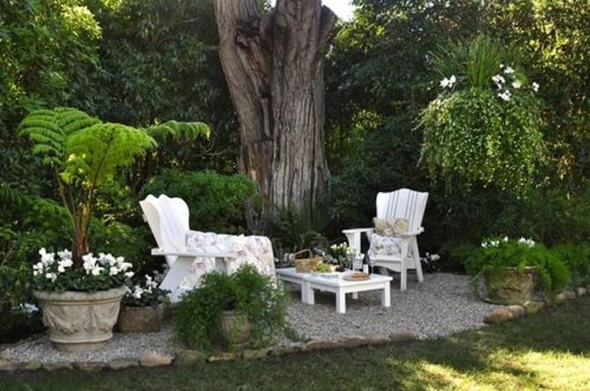 Amazing Big Tree Landscaping Ideas27
