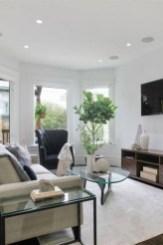 Amazing Scandinavian Livingroom Decorations Ideas07