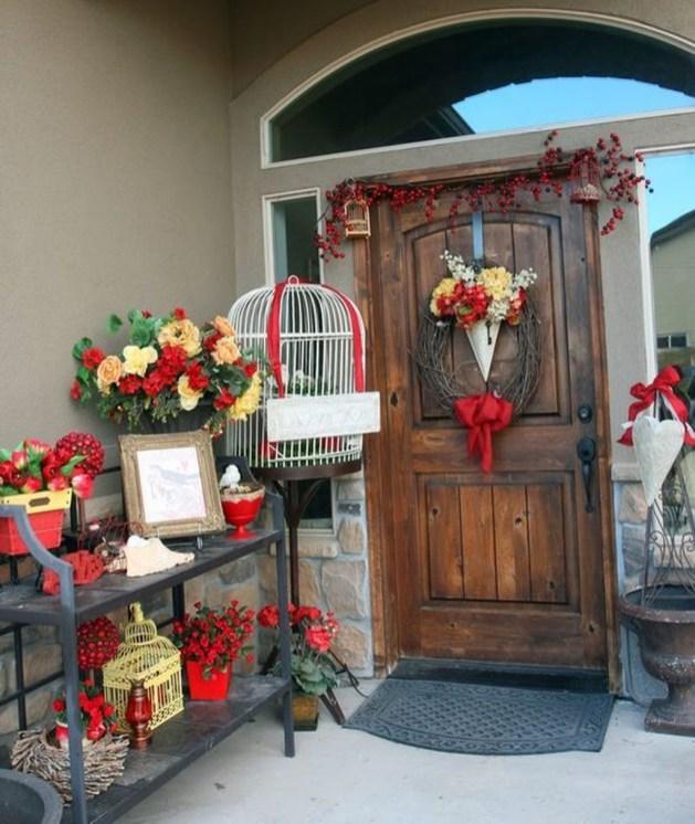Amazing Valentine Porch Ideas17
