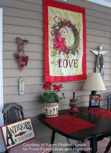 Amazing Valentine Porch Ideas32