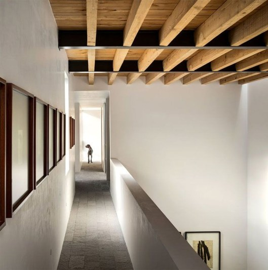 Amazing Wooden Ceiling Design 24