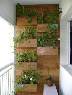 Awesome Rustic Balcony Garden04