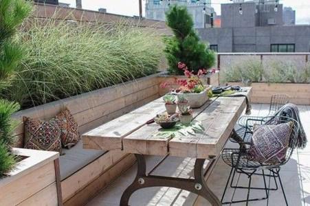 Awesome Rustic Balcony Garden19