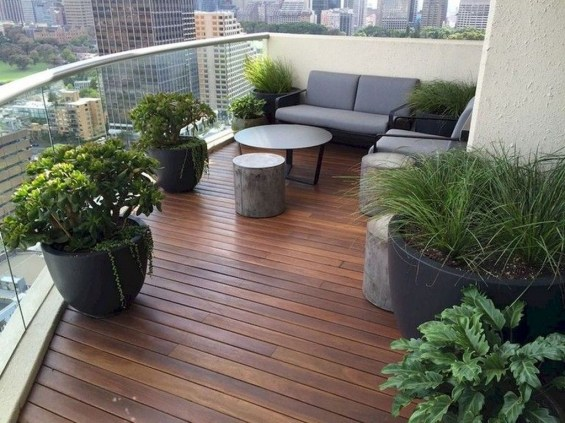 Awesome Rustic Balcony Garden36
