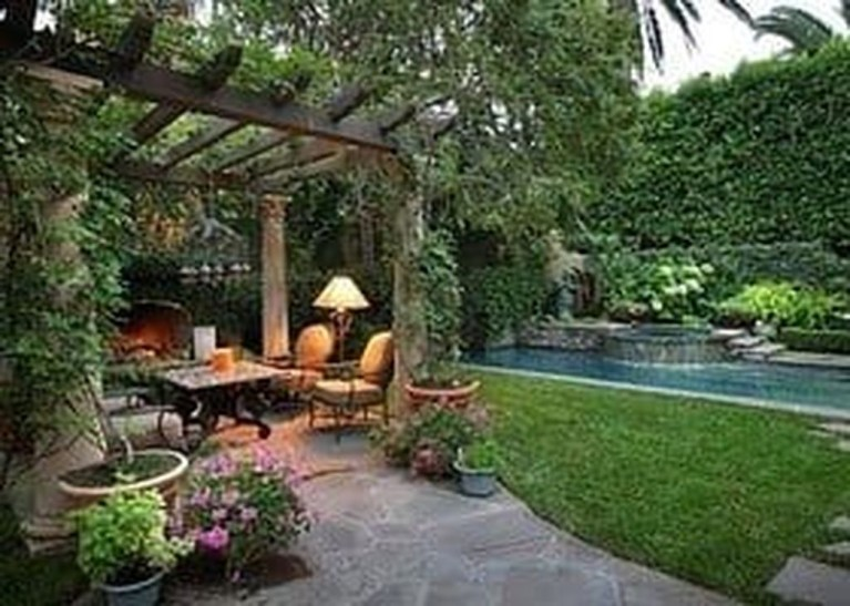 Awesome Valentine Backyard Ideas07