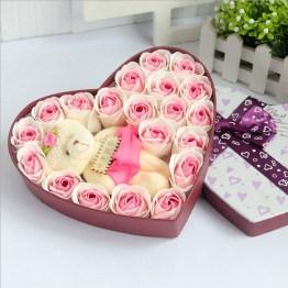 Beautiful Flower Decoration Ideas For Valentine09
