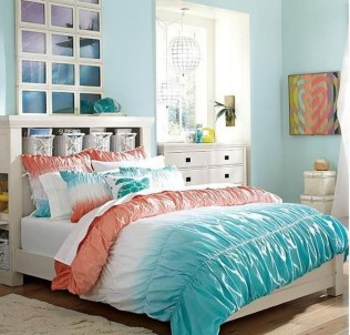 Elegant Blue Themed Bedroom Ideas37