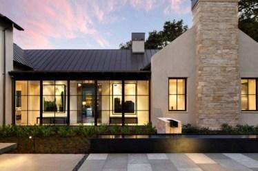 Amazing Home Exterior Design Ideas34