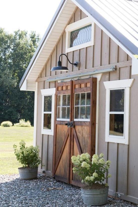 Amazing Modern Home Exterior Designs36