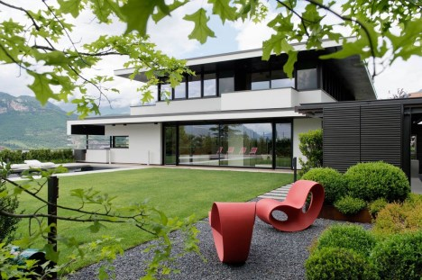 Amazing Outstanding Contemporary Houses Design36