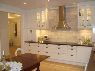 Amazing Traditional Kitchen Designs For Your Kitchen Renovation19