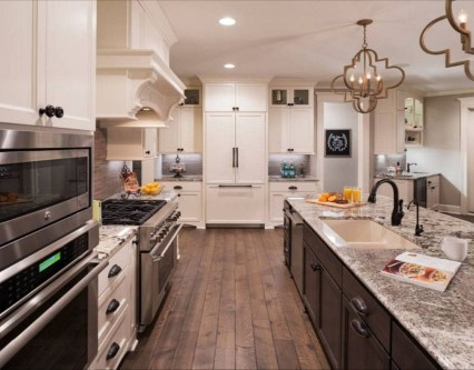 Amazing Traditional Kitchen Designs For Your Kitchen Renovation25