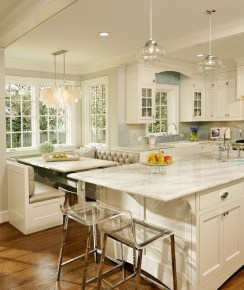 Amazing Traditional Kitchen Designs For Your Kitchen Renovation28