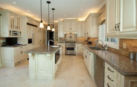 Amazing Traditional Kitchen Designs For Your Kitchen Renovation32
