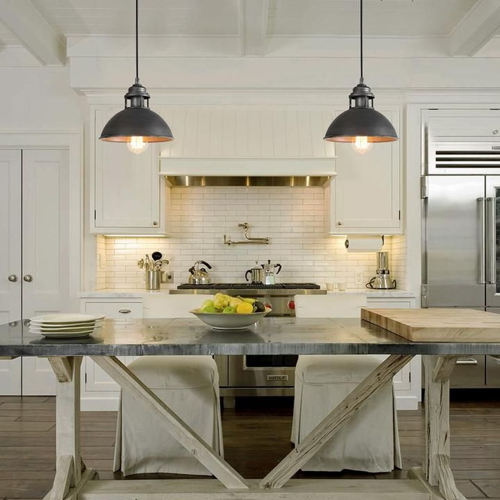 Amazing Traditional Kitchen Designs For Your Kitchen Renovation46