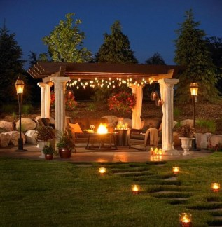 Amazing Traditional Patio Setups For Your Backyard03