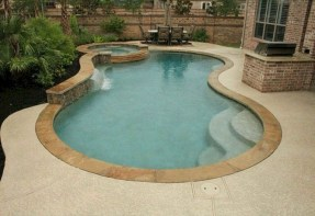 Extraordiary Swimming Pool Designs09