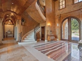 Extravagant Houses With Unique And Remarkable Design04