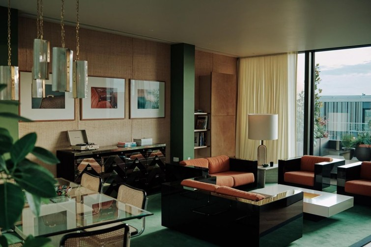 Lovely Penthouse Signature Design01