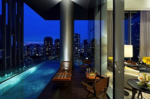 Lovely Penthouse Signature Design24