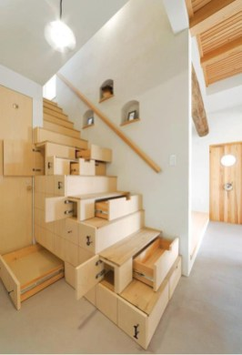 Modern Staircase Designs For Your New Home07
